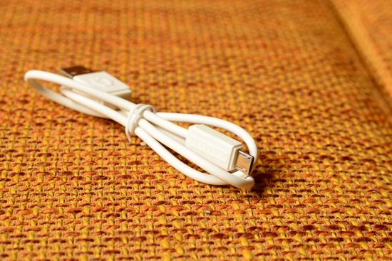 12 USB数据线.jpg