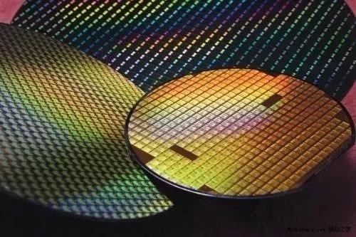 京东方柔性OLED都量产了