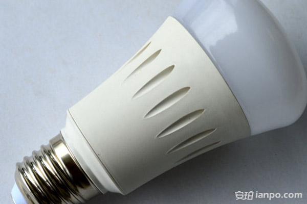 海荧声控开关接线不亮灯是什么原引