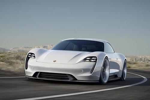 竞争激烈的新能源电动汽车 特拉斯会担心吗高清图片