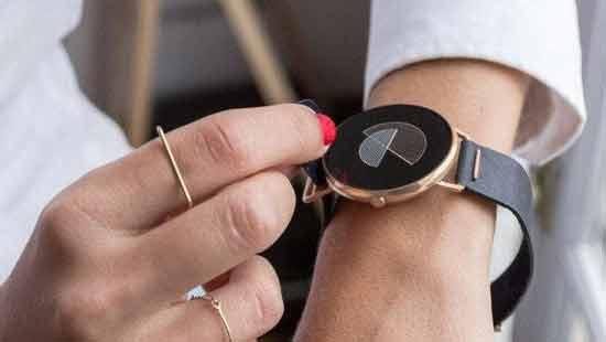 颜值高功能也不差 专为女性设计的智能手表高清图片