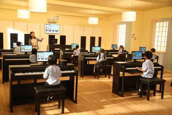 one智能钢琴教室:不一样的教学模式