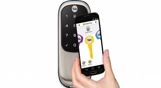 耶鲁最新蓝牙门锁:配置智能手机数字钥匙