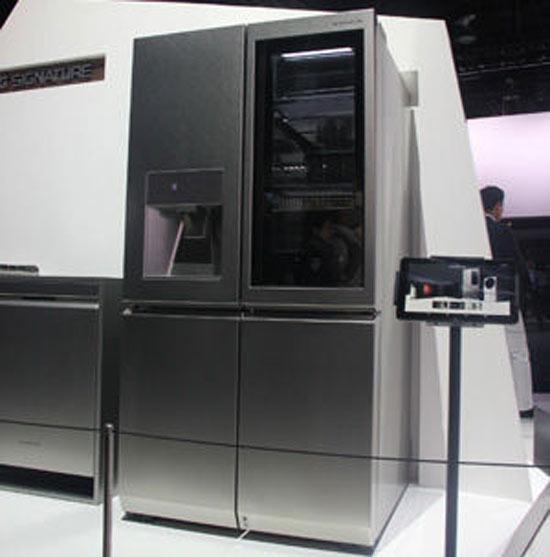 lg signature自动开门冰箱:真正的智能冰箱