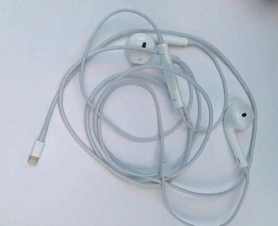 传iphone 7配a10处理器 lightning耳机谍照曝光