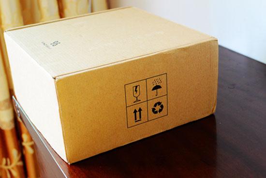 双层包装设计确保了产品在运送过程中会遭遇到了磕