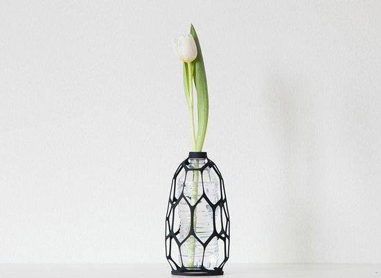vase)以钩针编织为灵感