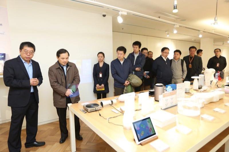 3月22日国家发改委高技术司来硬蛋考察